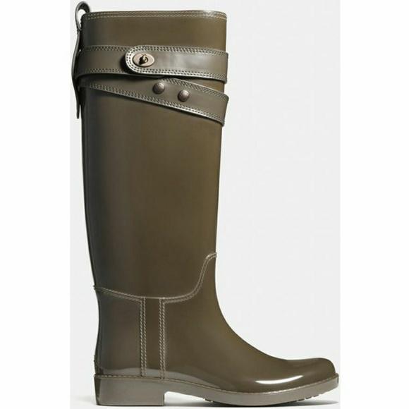 2af24a8a COACH Women's Green Talia Rain Boots rubber size 5